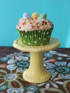 Easter-Cupcakes-Coconut-Jordan-Almonds