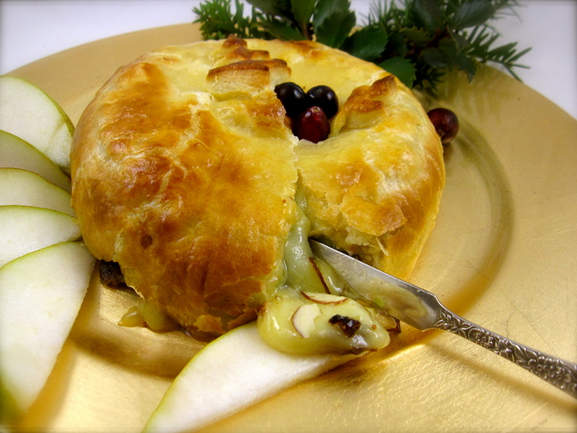 ... ://www.annarbor.com/entertainment/food-drink/holiday-brie-en-croute