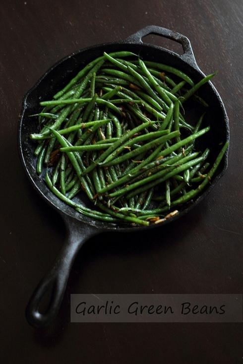 Quick Skillet Garlic Green Beans